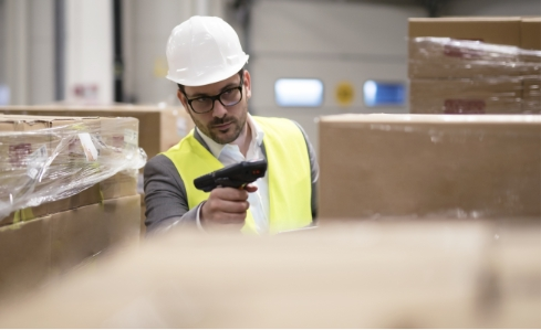 freight tracking in a warehouse