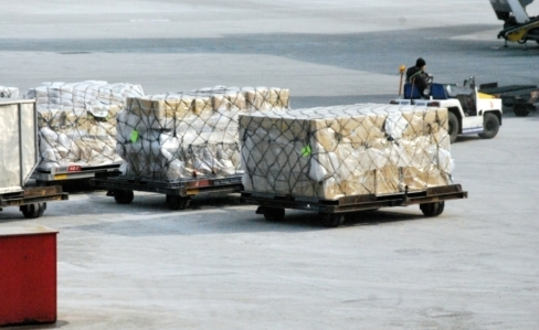 air freight at an airport